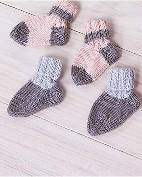 Modèle layette - Chaussettes grises