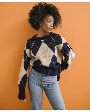 Modèle femme - Pull à motif Waylon