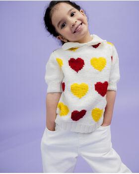 Modèle enfant - Pull petit coeur rouge